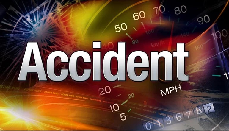 Chula woman slides off roadway near Chillicothe